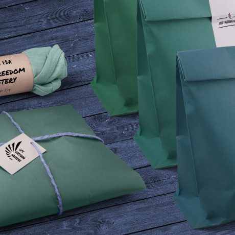 Green - blue t-shirt vintage packages